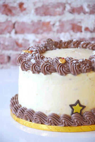 Hummingbird Cake full decoration