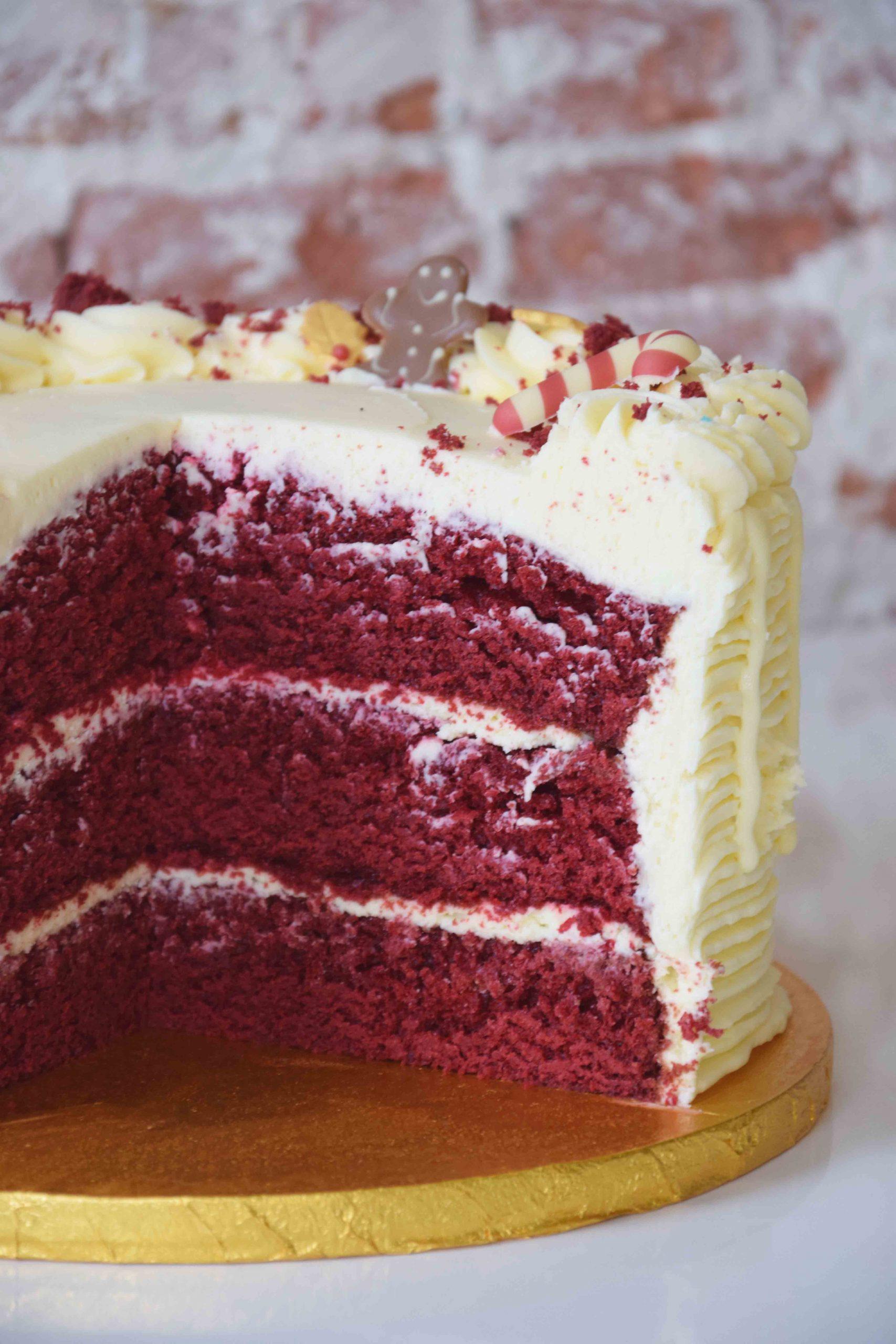 Red Velvet Cake full decoration