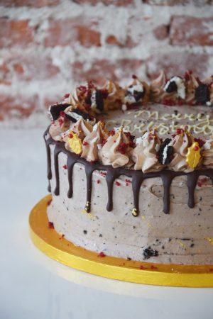 Mash-up cake full decoration