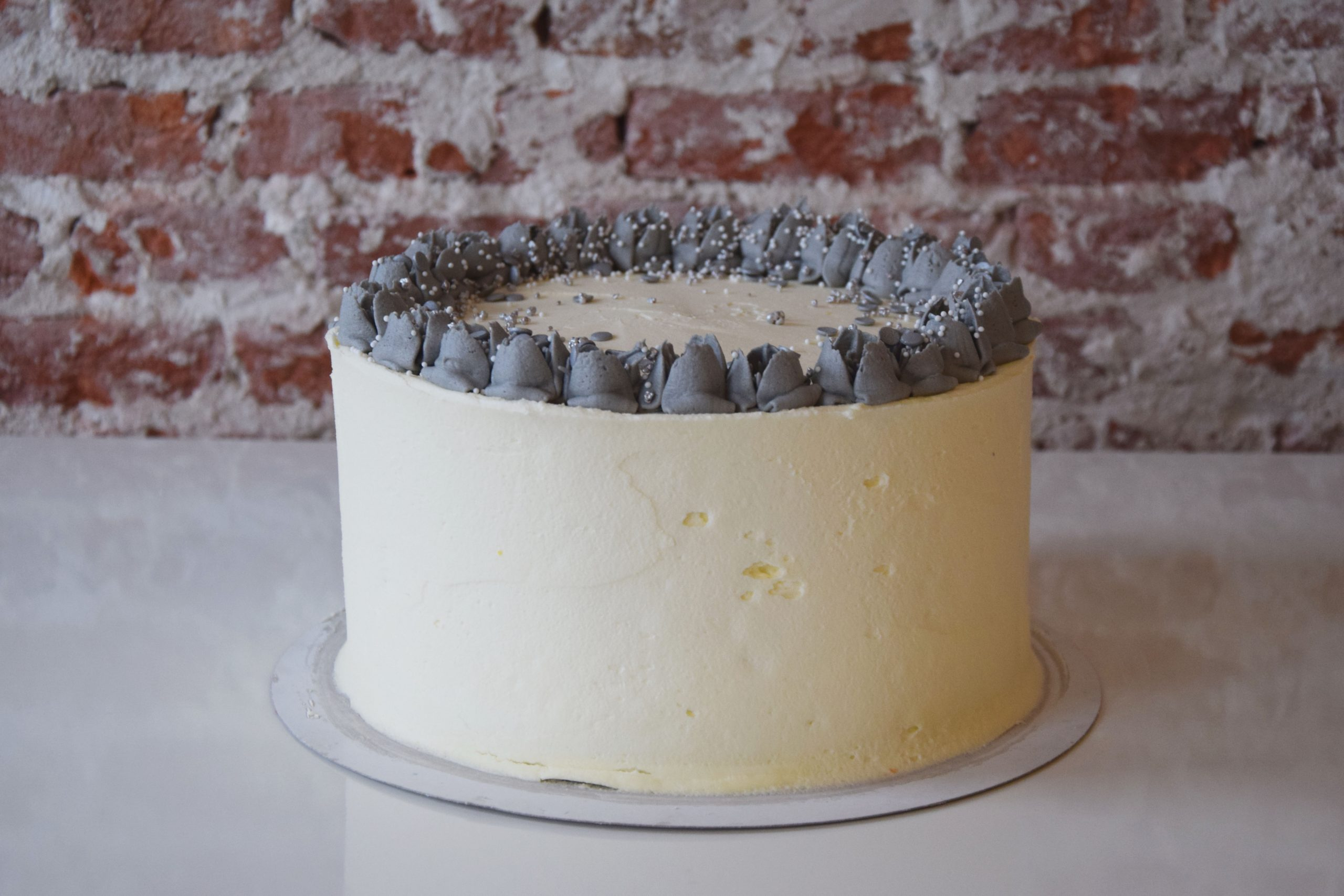 Vanilla Cake standard decoration